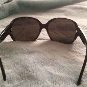 e9381cd1feb Burberry Accessories - Burberry Sunglasses